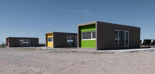 Habitação de Emergência para Mães Solteiras / 4L ARQ