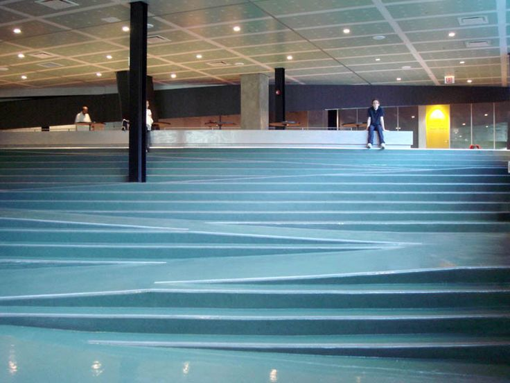 Best Iit Student Center Stairs Ramp Chicago Rem Koolhaas 400 x 300