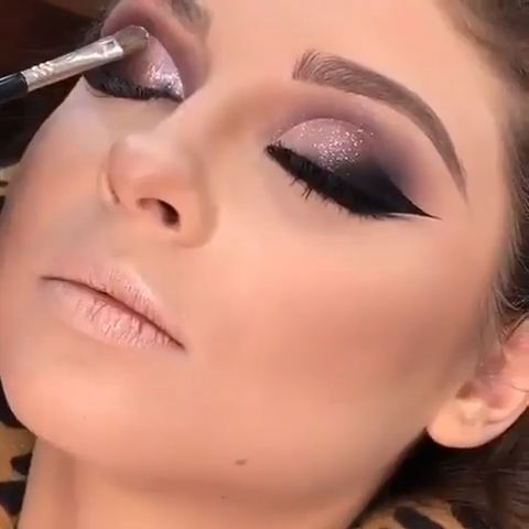 Stunning Makeup Tutorials!