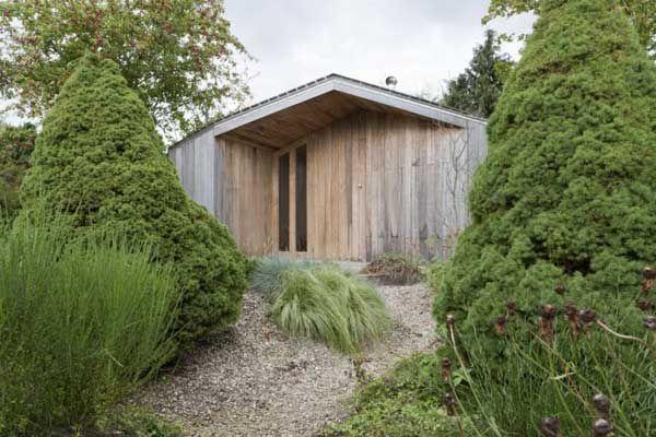 Modern Garden Shed in the Netherlands: Poplar Garden House