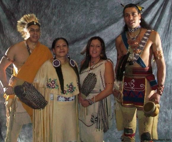 "WAMPANOAG INDIANS - The Wampanoag (""WAHM puh NOH ag"") are a North American Indian tribe that lives in southeastern Massachusetts. In 1621, the Wampanoag and English Pilgrims joined in the first Thanksgiving festival to give thanks for a good harvest and for peace. The Pilgrims had settled within the Wampanoag territory in what is now Rhode Island and Massachusetts."