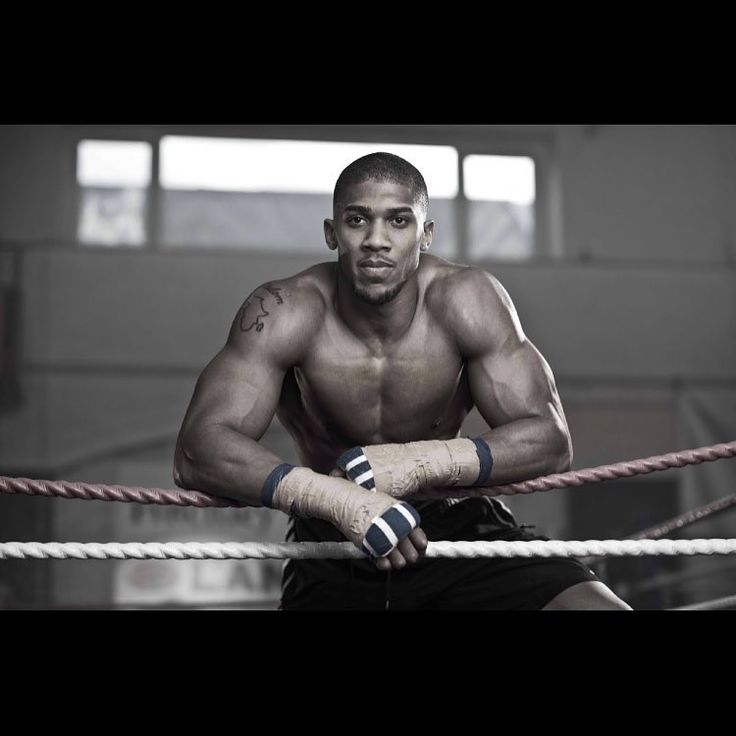 Anthony Joshua has been given 5 days to accept a fight with Luis Ortiz or risk being stripped of his WBA belt. With the IBF also telling him he has to fight Pulev I think it's going to come down to which fight takes president.  I think it's more likely we will see AJ fighting Pulev and asking the WBA for an extension. Of course Ortiz is linked with a fight against WBC champion deontay wilder which means that the WBA would more than likely give AJ permission to carry on with the Pulev fight…