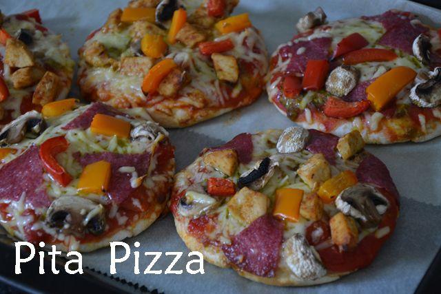 Pita Pizza's -- Goed idee voor m'n toaster oven voor ik die terug geef aan de Thrift Shop?!