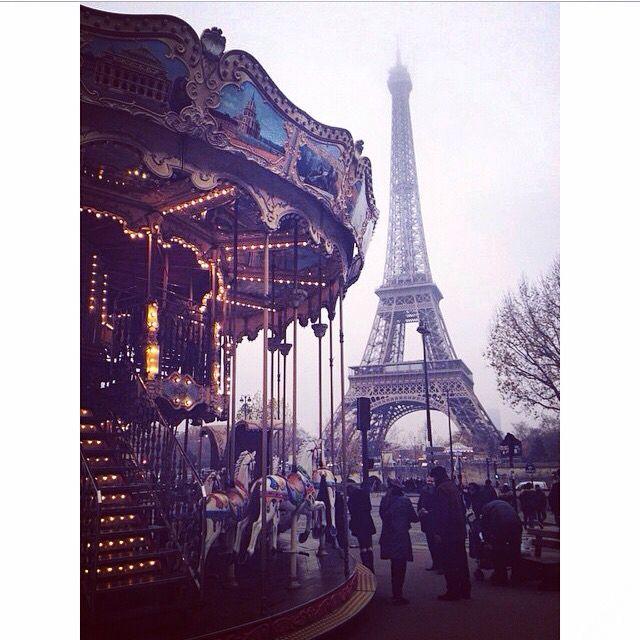 """Parigi è sempre una buona idea!"" #sabrina #dolce #sabrina }Dream #lifestyle #dapiccola #film"