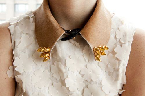 okay.Studs Collars, White Flower, Spring Dresses, Leather Collars, Colors Combinations, Spikes Collars, Detached Collars, Collars Necklaces, Fashion Blog