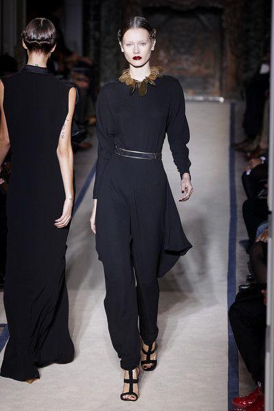 Yves Saint Laurent at Paris Fashion Week Spring 2011 - Runway Photos