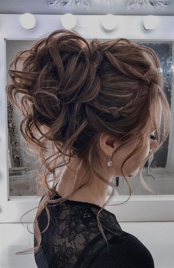 44 Messy Updo Hairstyles The Most Romantic Updo Hair Styles Messy Hair Updo Wedding Hair Inspiration