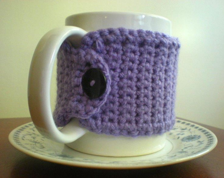 "#FreeCrochetingPattern - click the image to get the pattern to make this adorable crocheted mug cozy with a button embellishment! Click ""Repin"" if you love #crocheting!"
