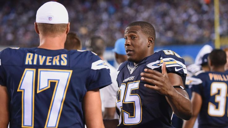 Chargers' Gates to attend Tomlinson's induction
