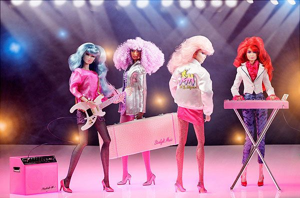 Integrity Jem and the Holograms Stage Essentials Set Fashion Royalty