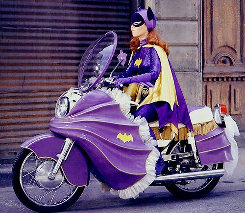spockvarietyhour:   Yvonne Craig as Batgirl on The Batman TV series, 1960s  The Batgirl cycle has fringes…..