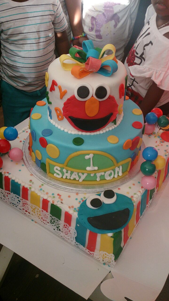 Shay'Ron Sesamstraat taart / sesamestreet birthday cake