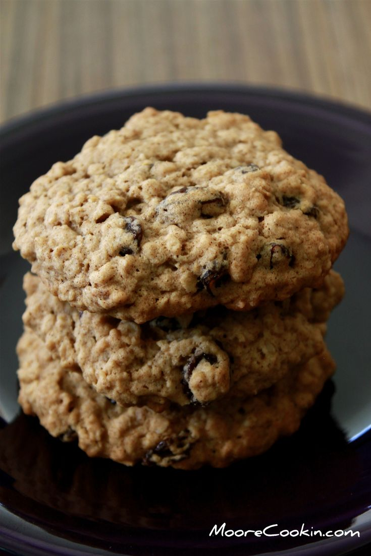 Cinnamon Oatmeal Chocolate Chip Cookie | Recipes I want to try | Pint ...