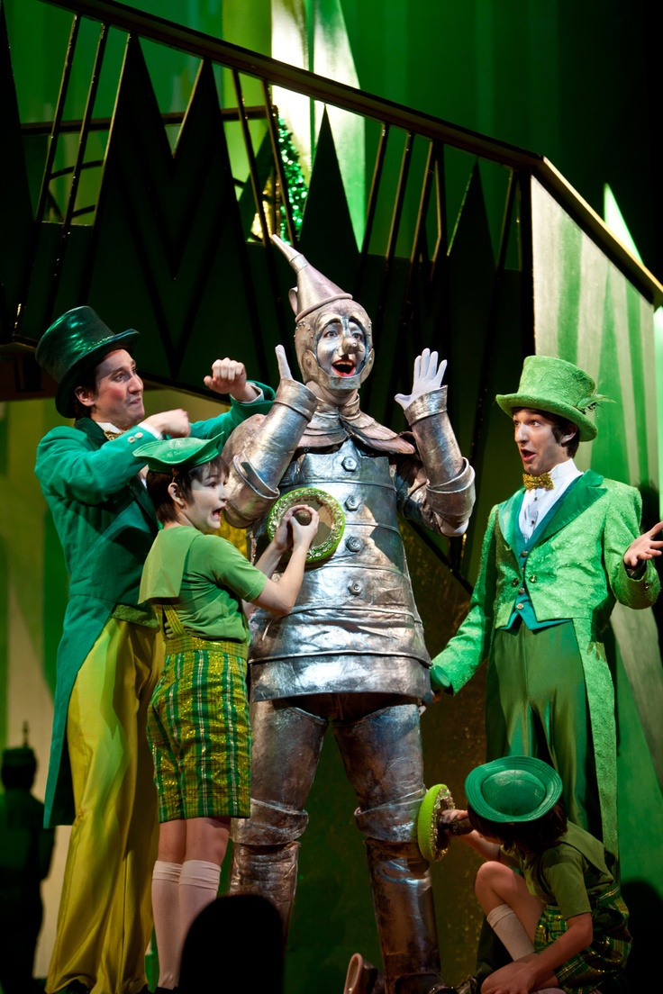 Behind the curtain wizard of oz - Tin Man Max Wojtanowicz In Children S Theatre Company S Production Of The Wizard Of Oz Photo By Dan Norman