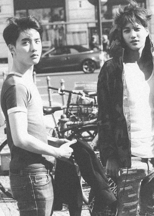 DO//Kai Who says D.O. doesn't look manly? I say they're wrong. Check out those biceps