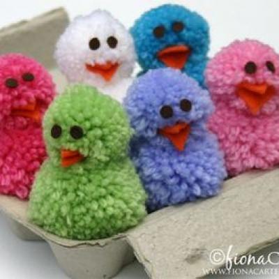 DIY:  Pom Pom Chicks. Tutorial. Instead of making pom poms, you could buy them.