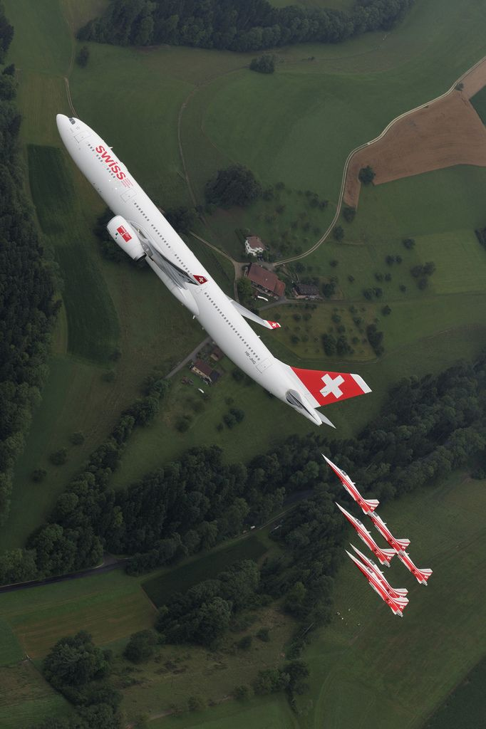 An Airbus A330-300 and Patrouille Suisse Pulling Some G's. Always great to see an airliner see what it can really do!