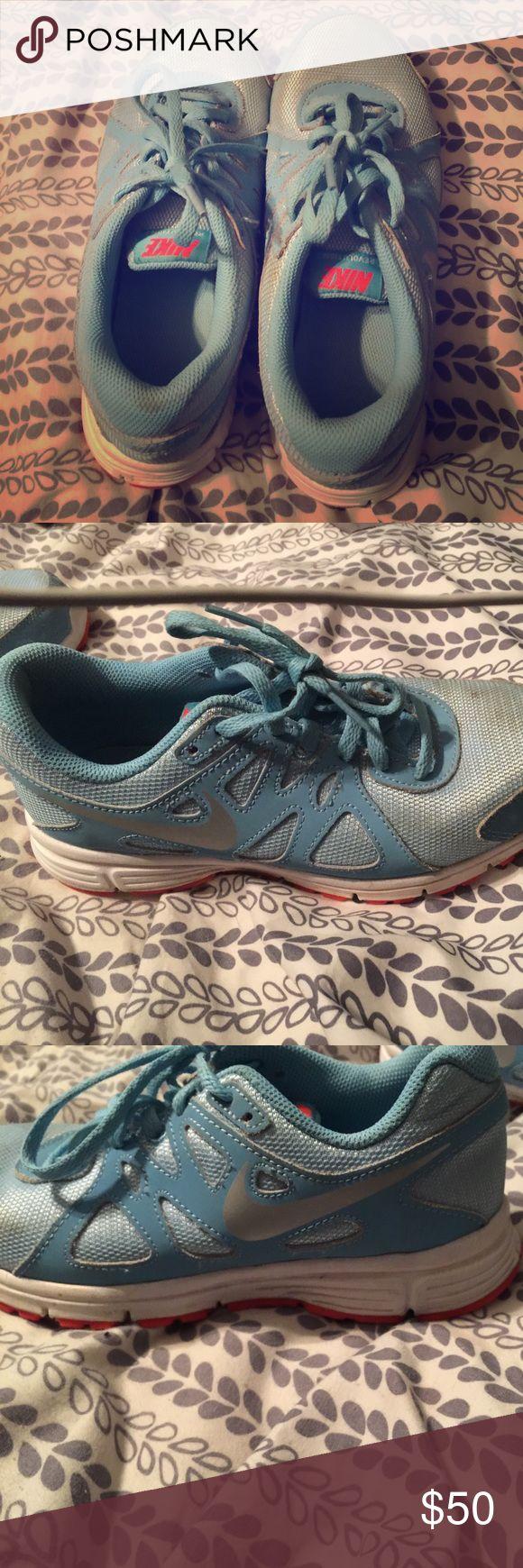 Baby Blue Nike Shoes Size 5 Baby Blue And Orange Nike Tennis Shoes Nike Shoes Athletic Shoes