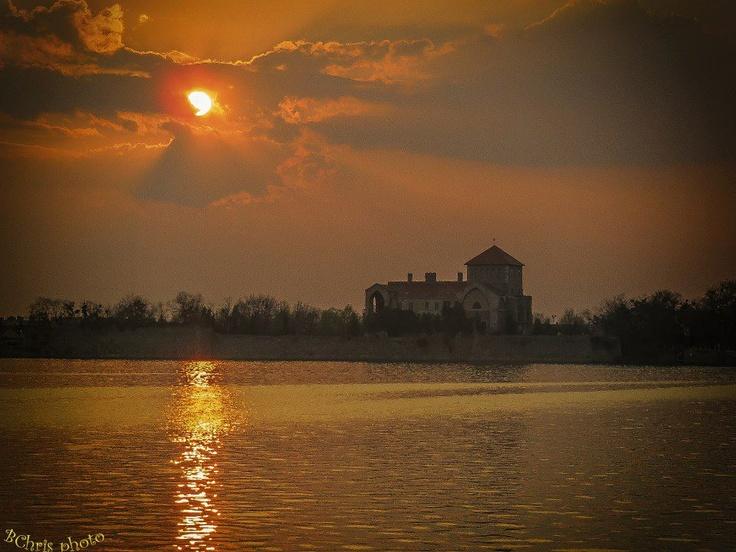 Tata - lake and the castle