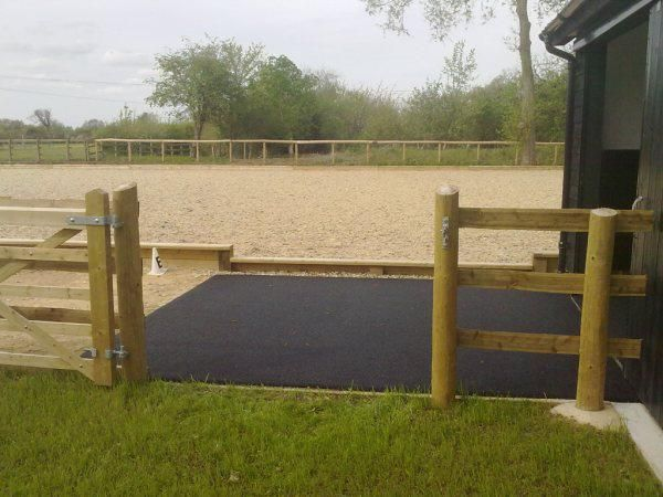 Equestrian rubber surfaces are known to be standard quality, provide complete relax and comfort to your pets. They offer complete comfort. http://www.stablesoft-europe.com/safestep-product-specification/