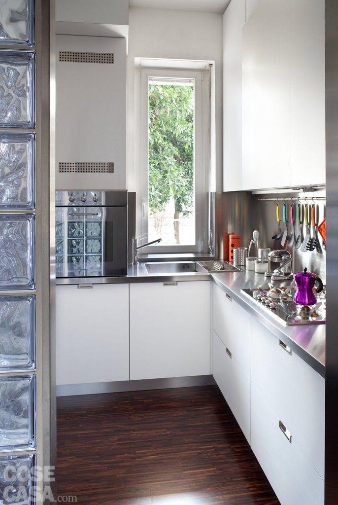 Oltre 25 fantastiche idee su pensili della cucina su for Finestra in cucina