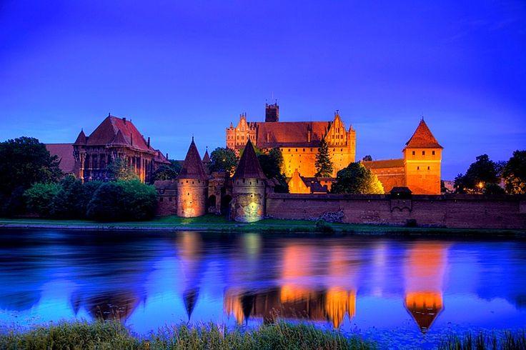 13th century Malbork Castle, Malbork, Poland  © Jim  Zuckerman