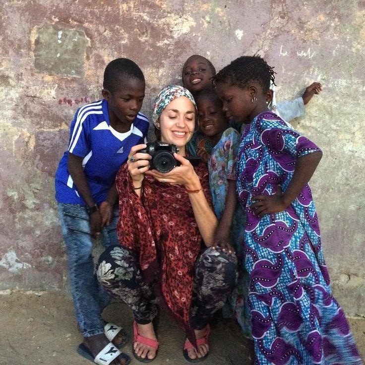 Arrivés au Sénégal depuis quatre jours on est déjà sous le charme de ce pays et de ses habitants. On sest fait des petits copains curieux à Saint-Louis.  . . . #senegal #africa #afrique #instatravel #travelgram #backpackers #travelvibes #voyage #instablogger #bloggerlife #dancearoundtheworld #despas #despasdanse