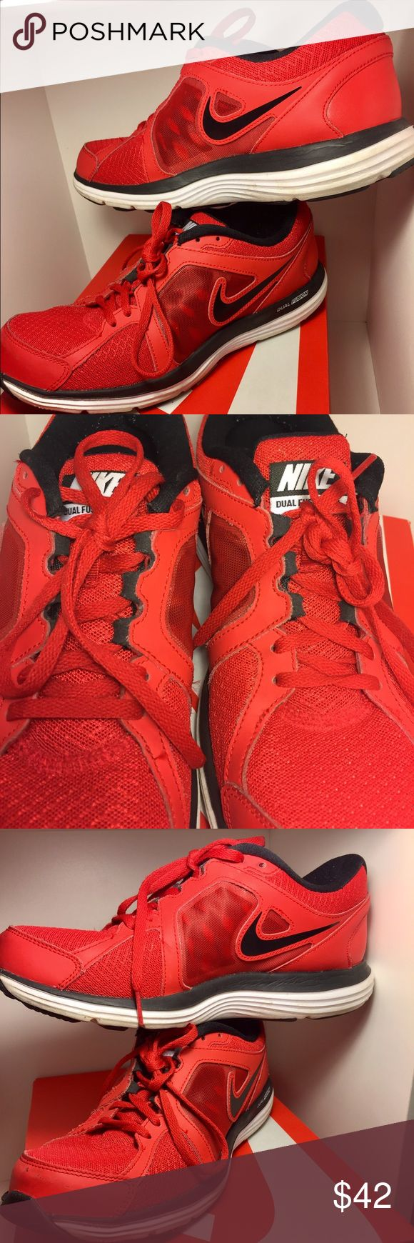 MEN's NIKE DUAL FUSION Athletic Shoes Pre-owned Men's Athletic Shoe Red & Black DUAL FUSION has some scuffing on front otherwise in overall good shape Nike Shoes Athletic Shoes