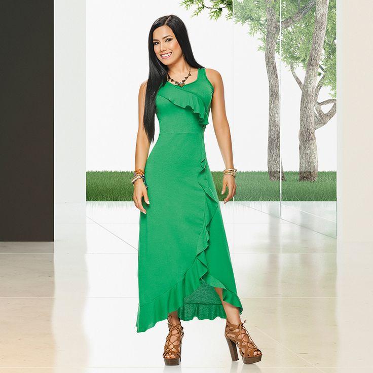 Para aquellas mujeres que aman el color verde, les traemos este Maxi vestido  con el que se robarán el show a donde vayan.   Junto a Dolce encuentra un mundo de moda y tendencias.