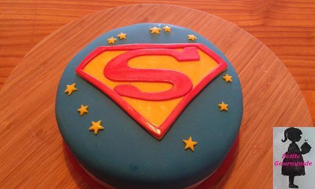 Tarta logo Supermán