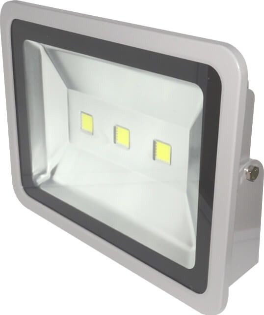 PROIECTOR LED 150W ALB RECE este unul dintre cele mai puternice proiectoare LED de lumina alb rece care exista pe piata. De putere 150 W acest produs poate fi folosit in orice aplicatie de iluminat casnic sau industrial, la consum redus de energie electrica.