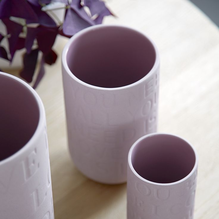 The Love Song vases are bound together by the exciting interaction between the sweet love songs, the raw surface of the ceramic and the smooth glaze on the inside of the vase.