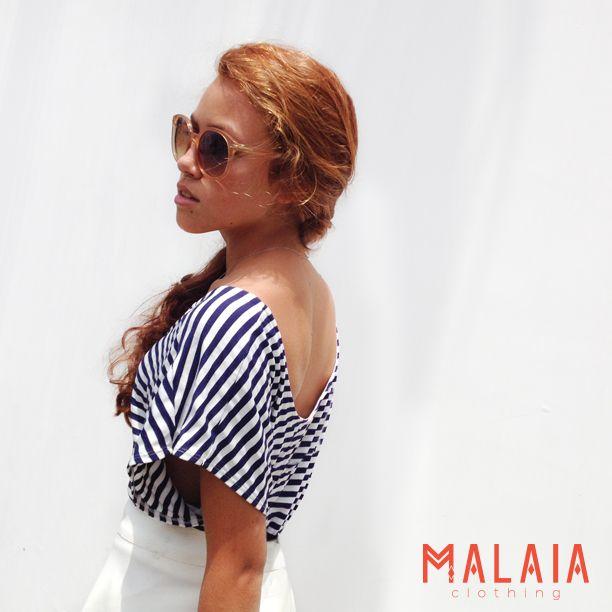 Low back Top malaia en stripes blanco y azul #malaiaBasics #malaia #marcaEcuatorian