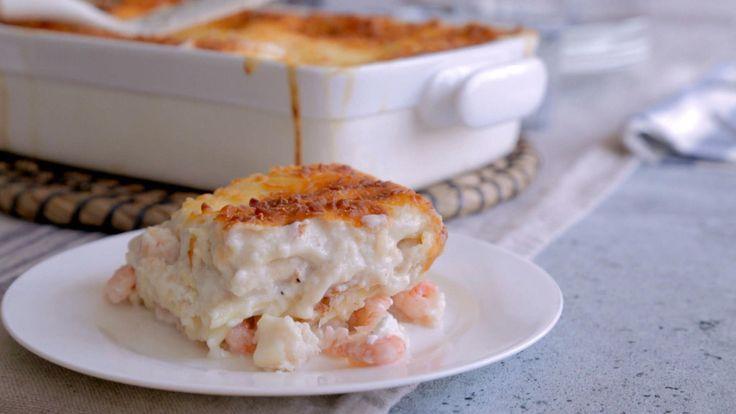 Lasagne de la mer J'ai remplacé le ricotta par du boursin cuisine et le crabe par du saumon. Mozzarella seulement sur le dessus et pas fondu dans la sauce