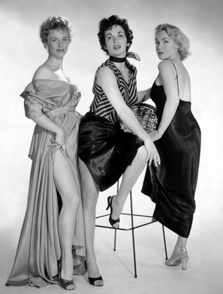 Tres bellazas para esta magistral obra del cine negro Cloris Leachman, Maxine Cooper y Marian Carr (1955)