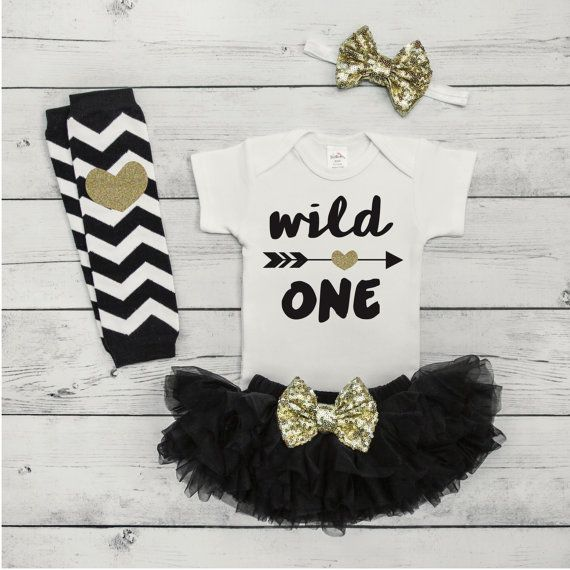 Cake Smash Outfit Girl First Birthday Outfit Set Wild One First Birthday Girl Black and Gold Outfit Baby Girl Clothes 048S