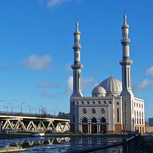 essalam masjid in rotterdam - netherlands   Beautiful Mosques Gallery around the world