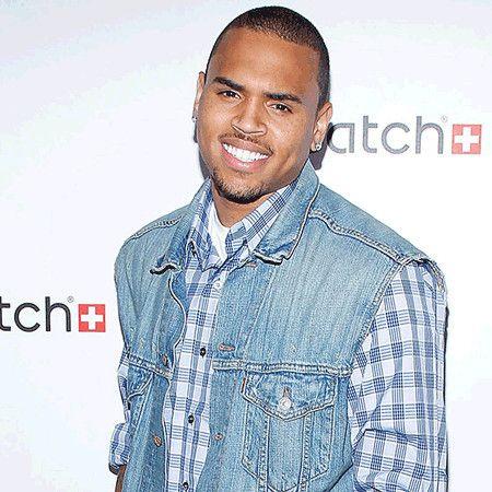 Chris Brown wiki, affair, married, Gay, height, singer, Run It,