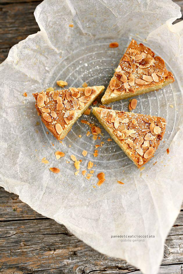 Torta alla ricotta e latte di mandorle senza Glutine - Almonds and ricotta cake | PANEDOLCEALCIOCCOLATO