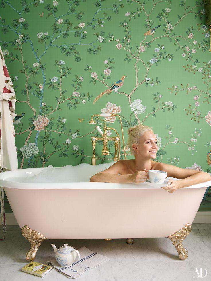 Step Inside Poppy Delevingne's Light-Filled London House Photos | Architectural Digest