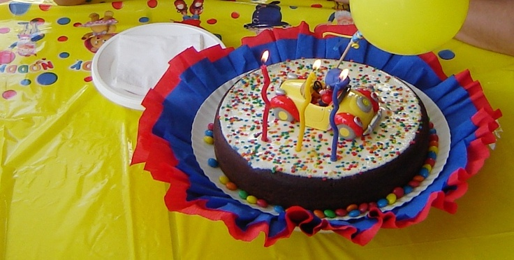 Noddy Birthday Cake - By Joana Trigueiros