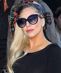 La diva del pop #LadyGaga también se ha rendido a los encantos de las #gafasdesol #ITALIAINDEPENDENT. Encuéntralas ya en nuestra #óptica Online aquí http://barcelonaloptica.com/shop-online/es/4-gafas-de-sol#/marca-italia_independent
