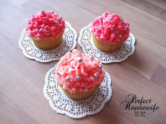 Perfect Housewife - to be: 'Ruffled' limoen cupcakes