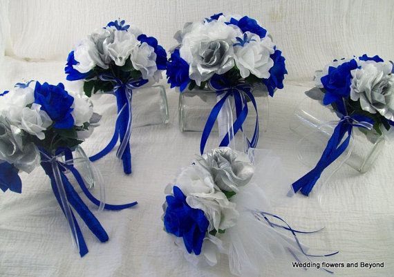 RoYaL BLue SiLVeR aND WHiTe RoSes 13 pieces made to order