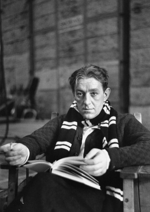 Alec Guinness, 1951, photo by Alfred Eisenstaedt
