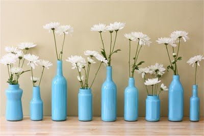 easy vases from recycled objects