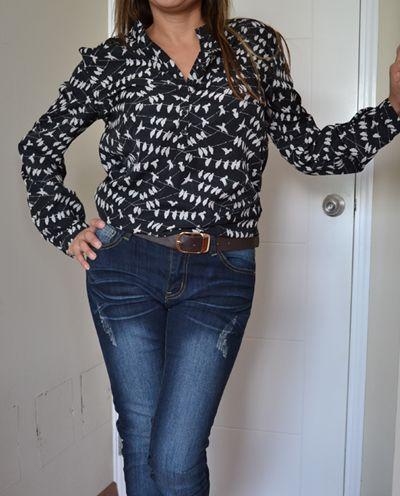 Camisa Para Mujer Paloma Cuello Corto Manga Larga  Colores:Negro Impreso Paloma Tallas:36-38-40-42-44