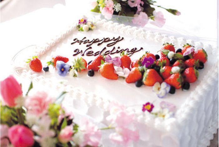 http://bright-garden.com/bright/img/weddingcake/13.jpg