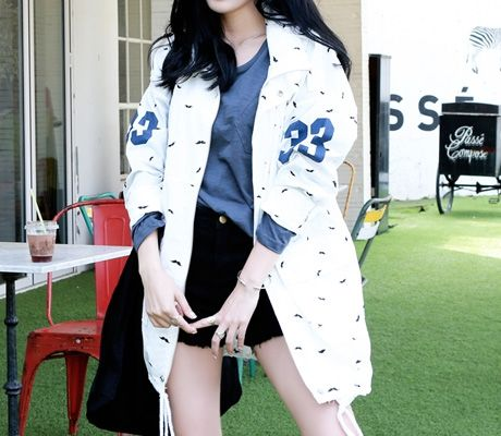 Loveliness of the female clothing shop. [Whitefox] JK bubbly yasang / Size : FREE / Price : 29.12 USD #korea #fashion #style #fashionshop #apperal #koreashop #ootd #whitefox #outer #jacket #yasang #JK #dailylook #dailyJK