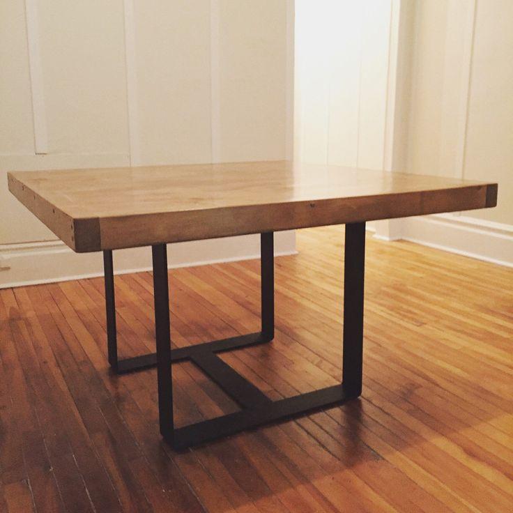 Best 25 square dining tables ideas on pinterest square for Table de cuisine en fer forge